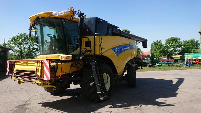 New Holland CX 880