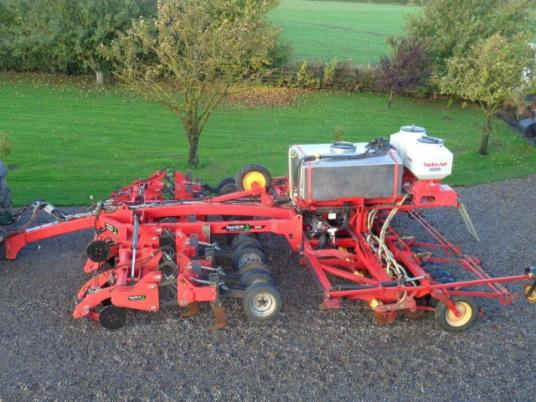 Sonstige Vaderstad Rapid Lift C/w Fert And Rape Seeder