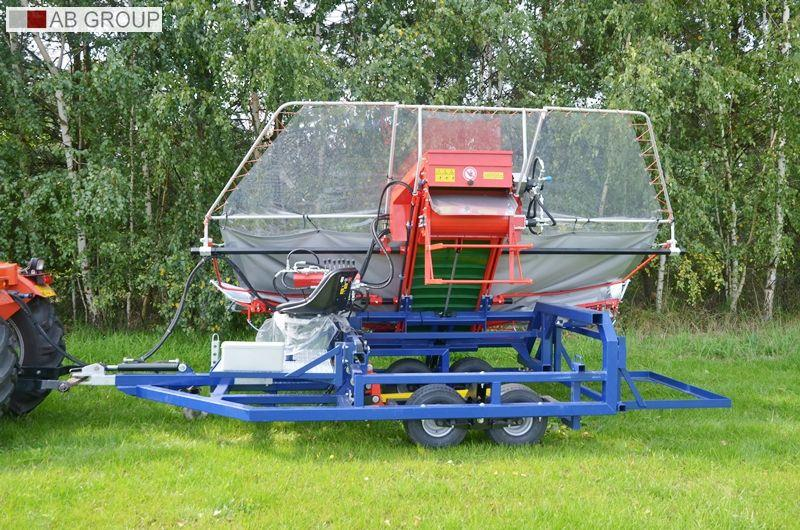 Jagoda  Erntemaschine für Pflaumen/Machine for harvesting cherries