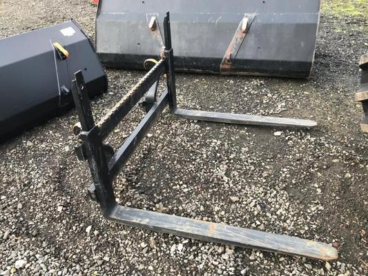 Other 2M036823 - Ex Demo Alo Pallet Forks & Carriage