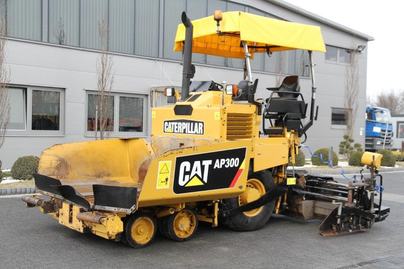 CAT WHEEL ASPHALT PAVER CATERPILLAR AP 300