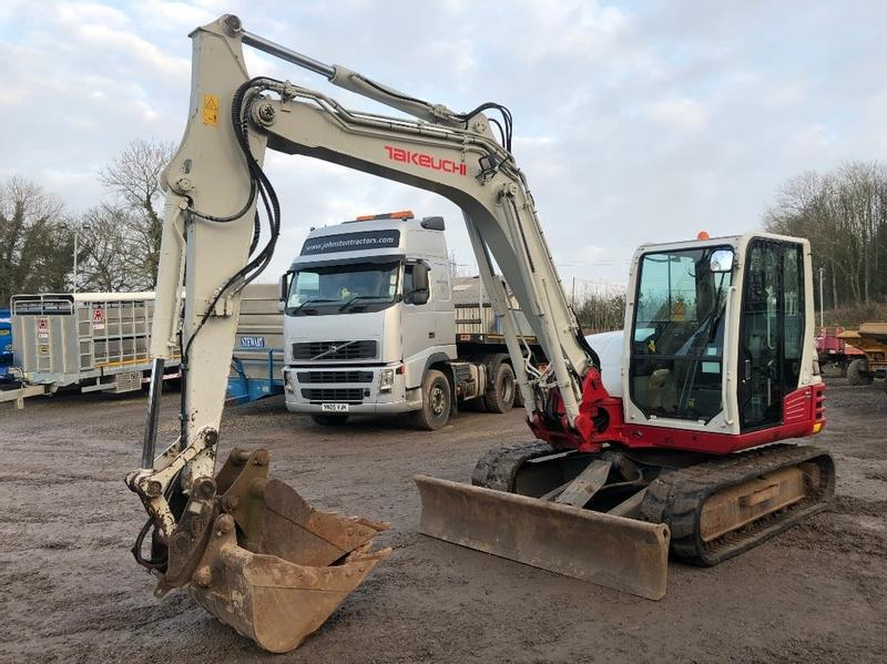 TAKEUCH TB285 8.5T Excavator