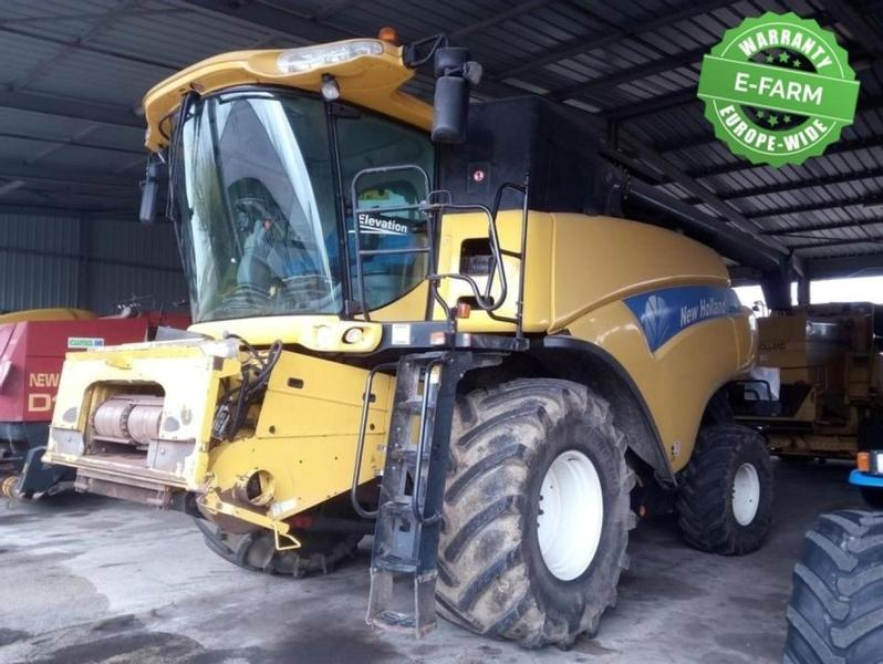 New Holland CR 9060 ELEVATION