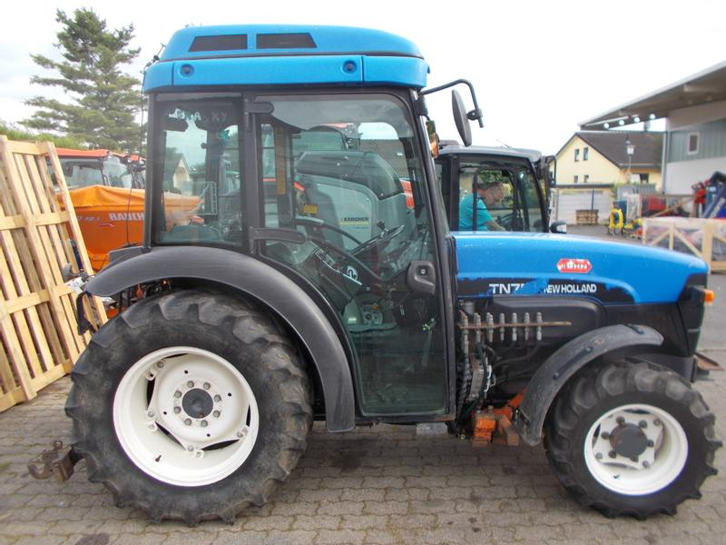 New Holland TN75V DT
