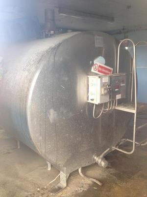 Ford 5000 LITRE STAINLESS STEEL TANK