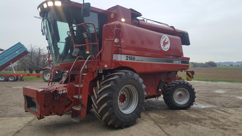 Case IH Axial Flow 2166