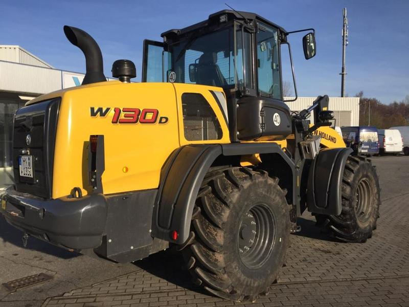 New Holland W130D