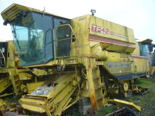 New Holland PIECES DETACHEES TF42